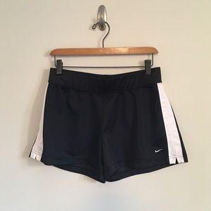 Nike Classic Black & White Athletic Shorts Size M